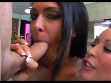 two girls 1 pecker what a amazing what a crazy big dick